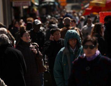 """Censo de EE. UU. preguntará sobre estatus migratorio; es """"inconstitucional"""", dice fiscal"""