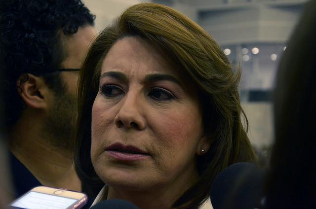 La de Meade, una campaña de 'ajuste y error': Lorena Martínez