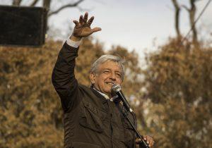 ¿El Lago de Texcoco se hunde un metro al año, como dice López Obrador?