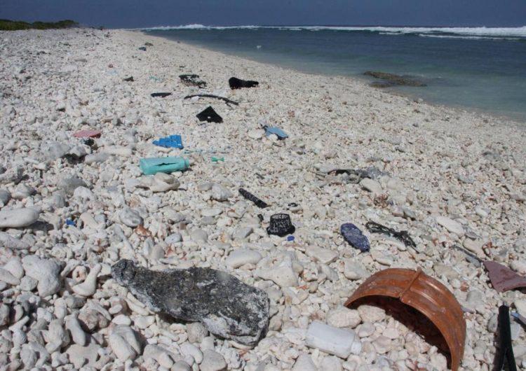 Una isla de basura que flota en el Pacífico que es dos veces el tamaño de Texas