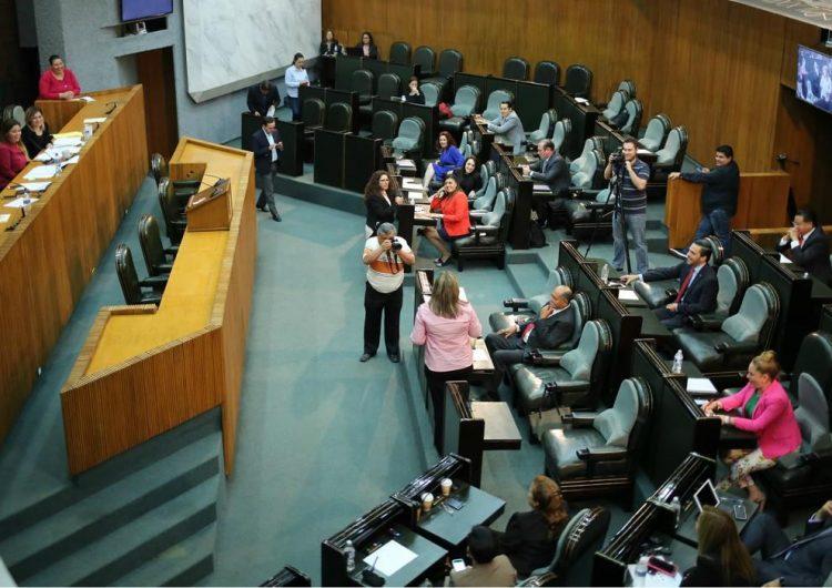 Congreso de NL elige como Magistrado anticorrupción a cercano a priístas