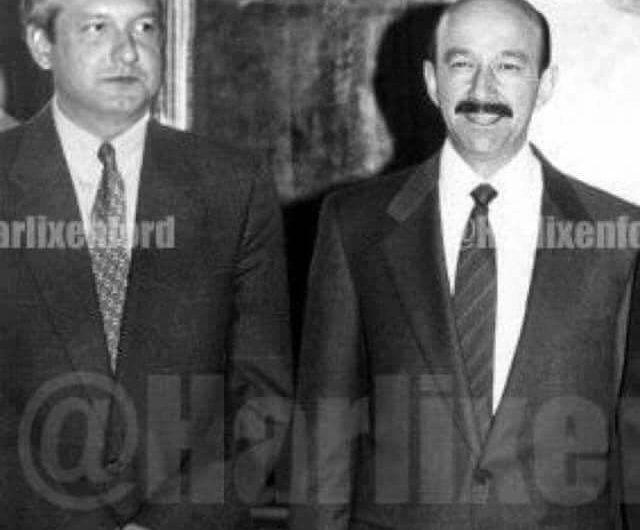 Falsa, la foto de López Obrador junto a Carlos Salinas