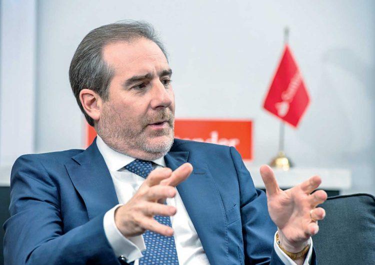 """""""Trabajaremos con quien resulte electo"""": Héctor Grisi Checa, director general de Grupo Financiero Santander México"""