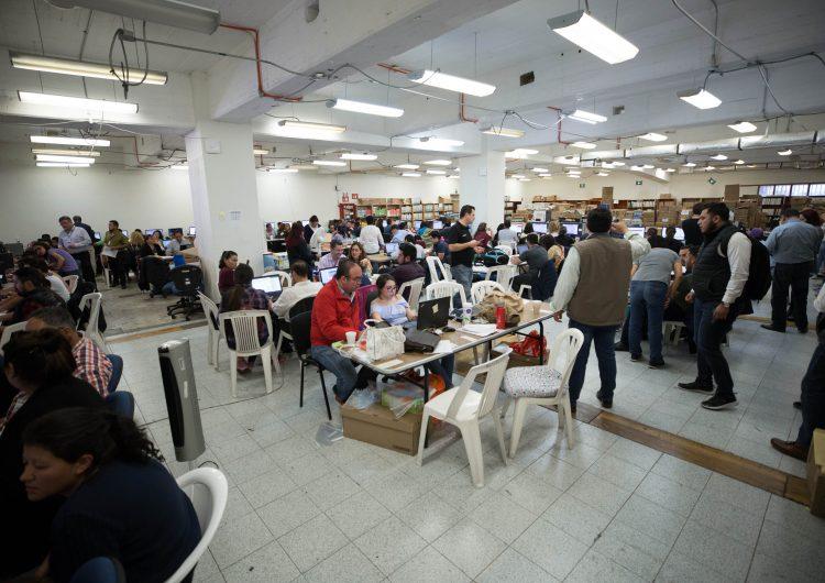 """""""El Bronco"""" buscará validar más de 16 mil firmas ante el INE para lograr candidatura"""