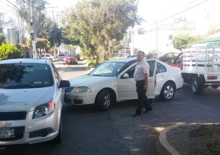 Congreso de SLP quita multas a chocados; 25 % de accidentes son por uso del celular