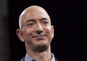 Dueño de Amazon, el más rico del mundo; Trump se desploma 222 lugares en el ranking de Forbes