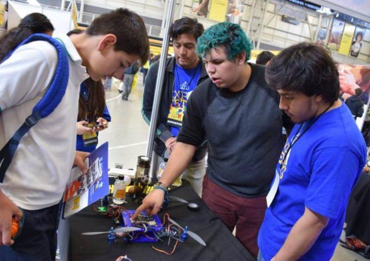 Presentan programas educativos en Expo CETYS