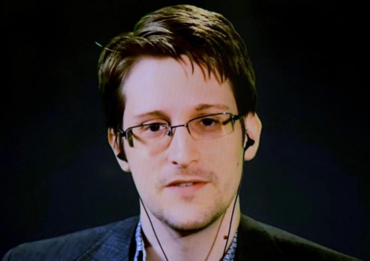 snowden cambridge información facebook