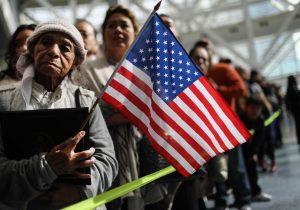 Inmigrantes deben dar información de sus redes sociales al solicitar visa, propone el Departamento de Estado