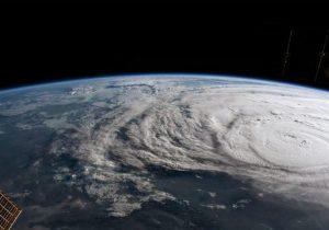Científicos planean detener los huracanes con burbujas de aire en el mar
