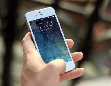 Niño chino bloquea ¡por 47 años! el iPhone de su mamá