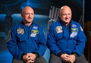 Un astronauta estuvo un año en el espacio y ahora sus genes son diferentes a los de su gemelo