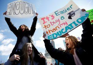 """""""Marcha por nuestras vidas"""": una nueva generación de activistas estudiantiles se levanta en EE. UU."""