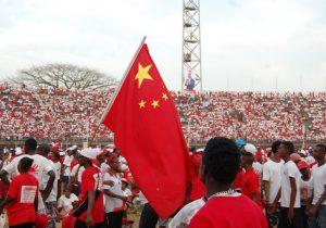 China contraataca en la guerra comercial con EE.UU. imponiendo aranceles a 128 productos