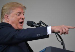 """México """"se ríe"""" de leyes de inmigración de EE. UU.: Trump; amenaza con terminar TLCAN"""