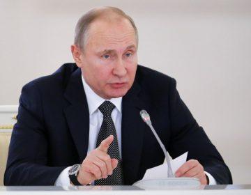 """Putin reta a Israel: le pide """"abstenerse de cualquier acción"""" desestabilizadora en Siria"""