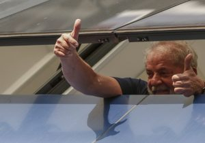 La primera noche de Lula en la cárcel: ¿ahora qué sigue en Brasil?
