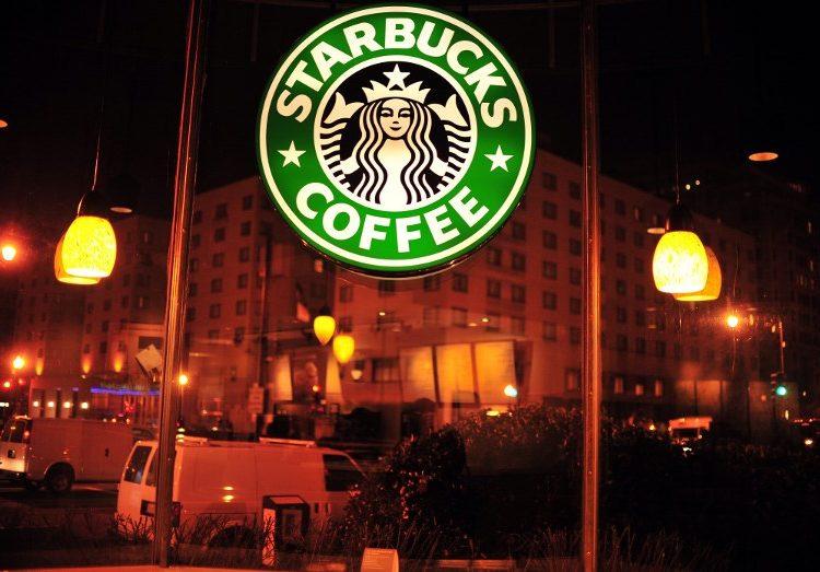 Starbucks cerrará todas sus sucursales en EE. UU. el 29 de mayo para educar a sus empleados contra el racismo