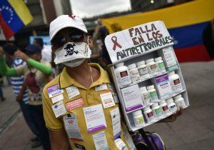Pacientes venezolanos con VIH protestan por falta total de antirretrovirales