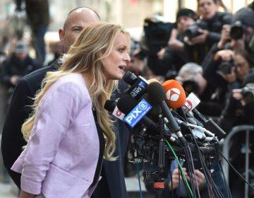 La actriz porno Stormy Daniels vuelve a la justicia de EE. UU.: demanda a Trump por difamación