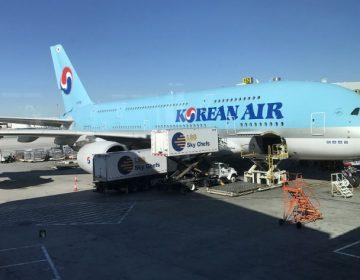 Por rabieta durante junta, Korean Air suspende a una directiva