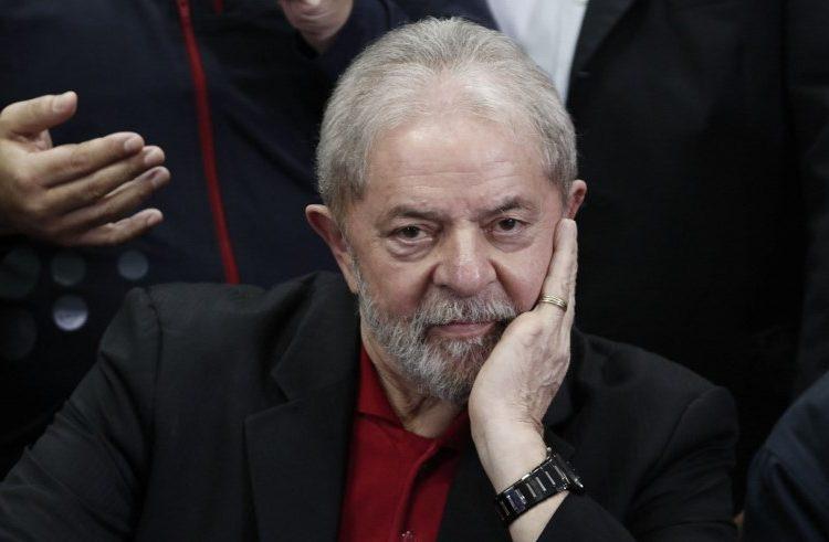 Lula, un expresidente de Brasil tras las rejas y en ocho procesos