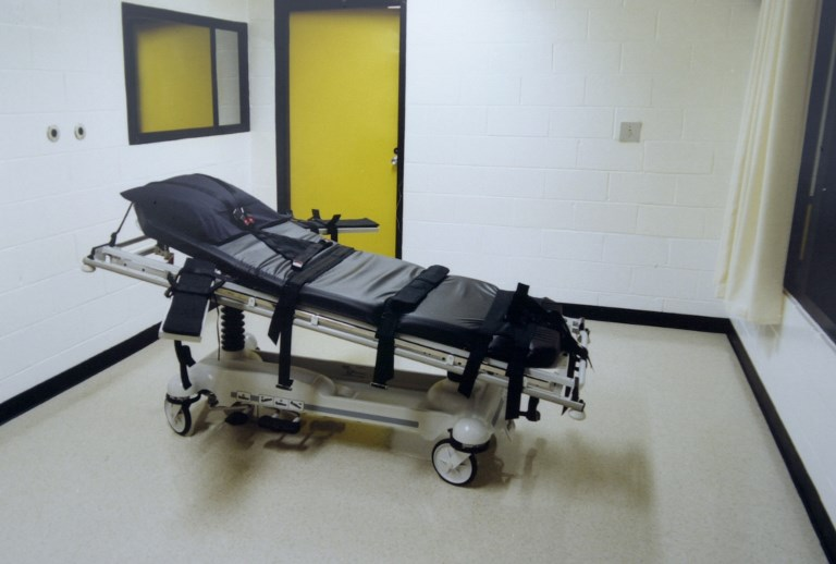 Alabama ejecuta a preso de 83 años