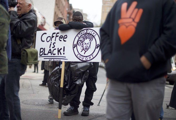 starbucks-arresto-negros-ordenar-discrminación