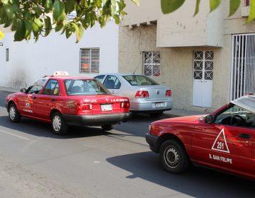 Quitarán gafete a taxistas abusivos en la Feria