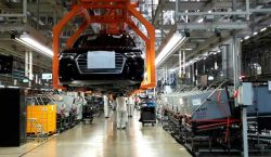 Suma Audi 5 mil 200 trabajadores a 5 años de…