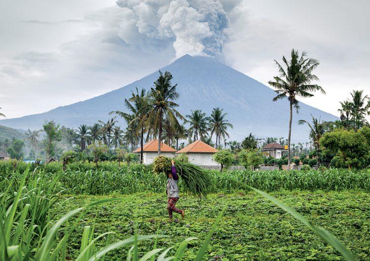 erupción-supervolcánica-lava