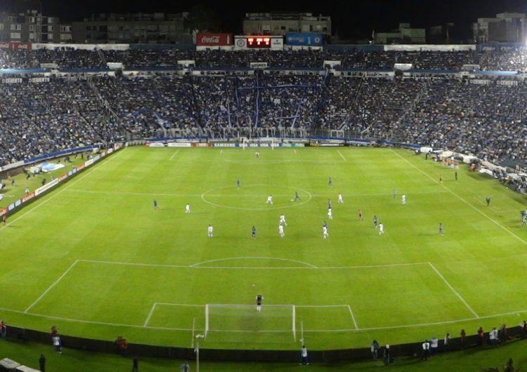 """""""Maldito"""" e histórico, el Estadio Azul vivirá su último partido antes de ser demolido"""