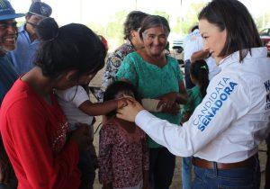 Propone Martha Márquez licencia por paternidad de 10 días