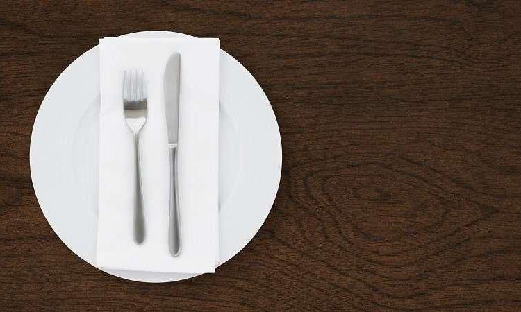 comida-pedazos-plástico