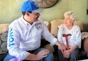 Promoverá Toño Martín del Campo programas para personas de la tercera edad