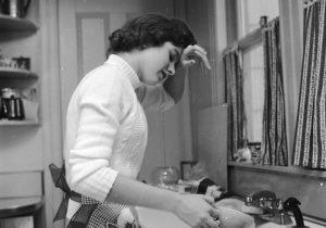 Compartir las tareas domésticas podría mejorar las relaciones de pareja