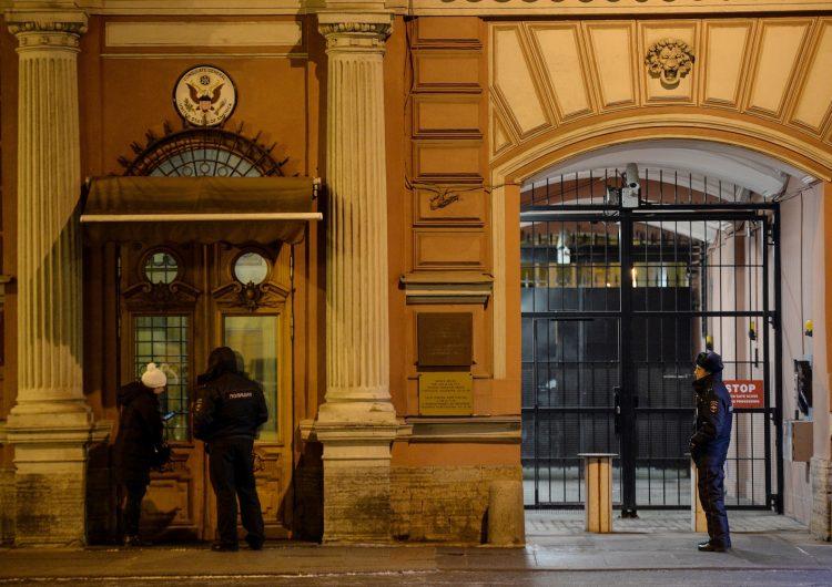 El exespía ruso atacado con arma química Serguéi Skripal abandona el hospital