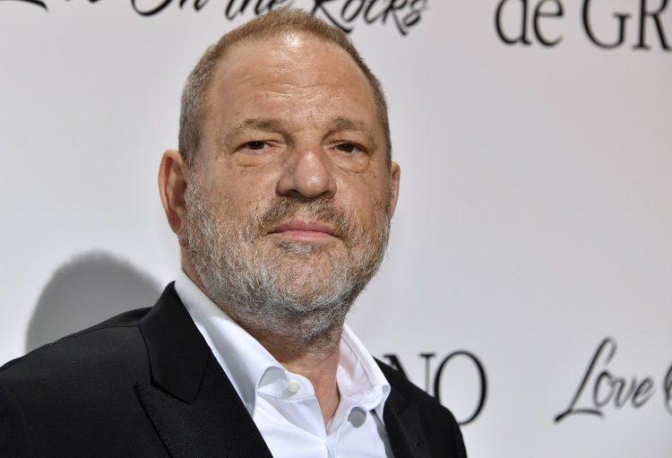 Weinstein se entregará a la justicia el viernes, reportan medios de EE. UU.
