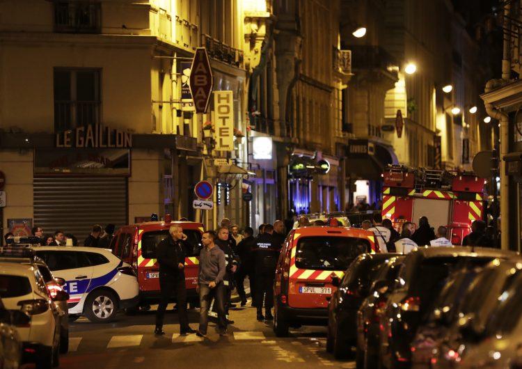 Al menos un muerto y cuatro heridos durante ataque con cuchillo en el centro de París