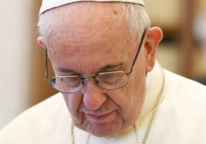 Obispos de Chile presentan su renuncia al Papa por escándalos de abusos sexuales
