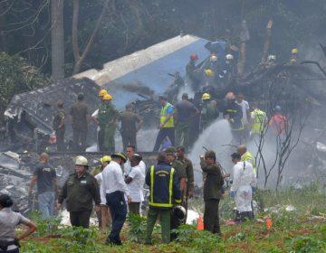Avión comercial cae minutos después de despegar de La Habana; hay tres sobrevivientes
