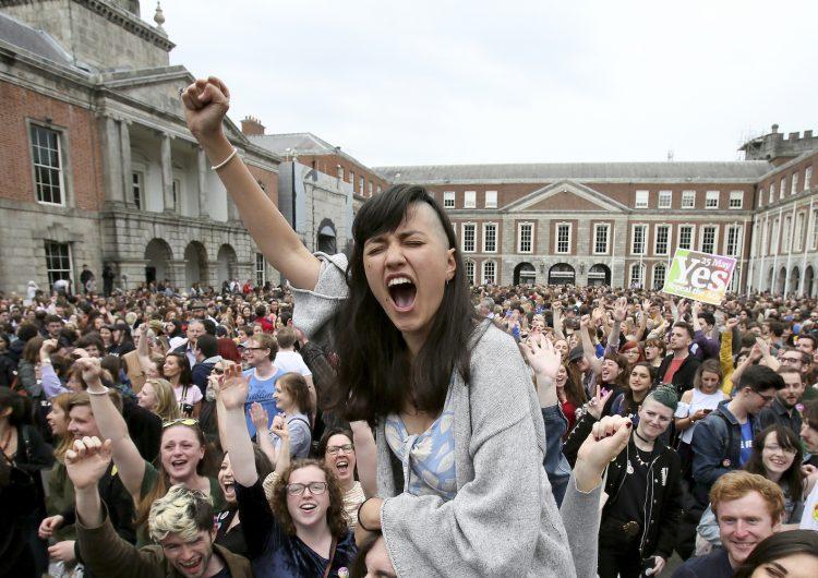 Irlanda aprueba histórico referéndum a favor del derecho al aborto