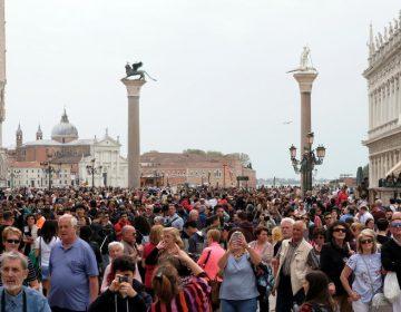 """¿Vacaciones en Italia? Estas ciudades se oponen al """"turismo en masa"""""""