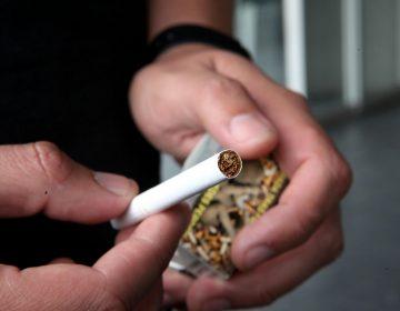 México tiene 17 millones de fumadores; consumen tabaco desde los 16 años: CUCS