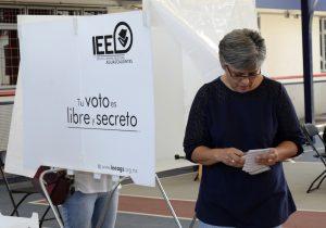 #EstoSíPasó: El Bombón, La Comadre, CR18, PP Jochos y Chichis van a la boleta en Nuevo León; se aprobó el uso de apodos