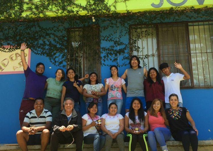 Gobierno de Francia reconoce a la organización mexicana IDEAS Ch'ieltik por su labor en Chiapas