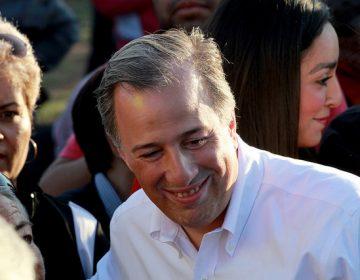 #EstoSíPasó Meade aparece en una foto junto al asesino del periodista Héctor Félix