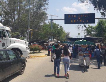 Cumple un día bloqueo del crucero del aeropuerto en Oaxaca