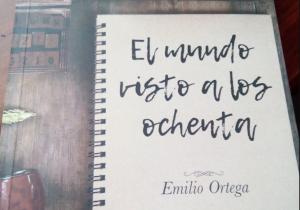 Emilio, el autor de un libro que nadie compró hasta que llegó a Twitter