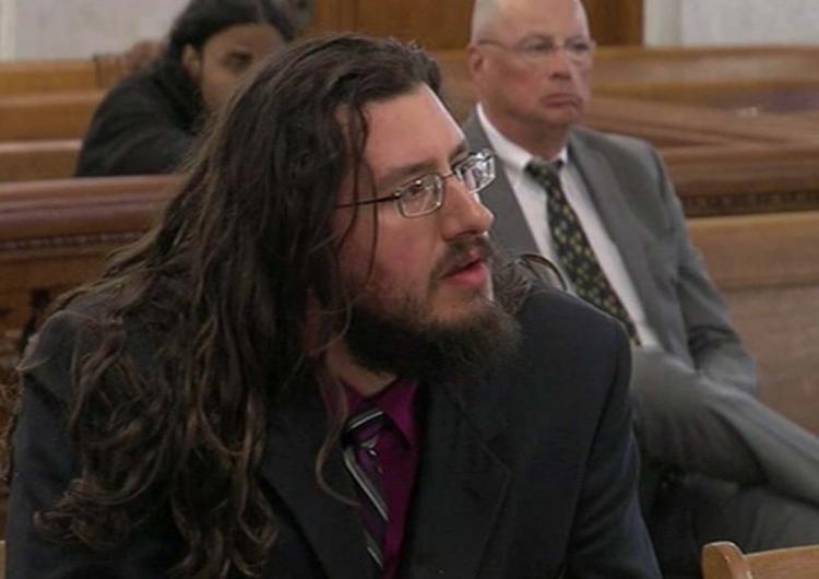 Estos padres demandaron a su hijo de 30 años… para que se fuera de casa